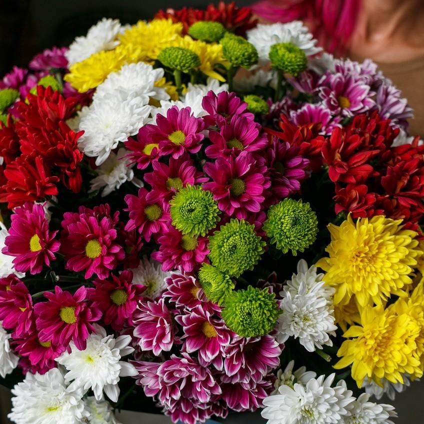 одна хризантема букет на праздники фото украшенная гипюровой